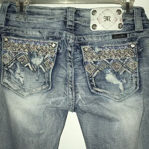 Miss Me Cropped Light Wash Distressed Jeans 27